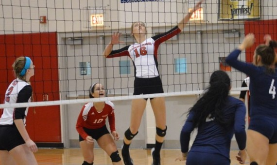 Junior Heidi Gregerson had a combined 21 kills and eight block assists over SXU's two matches Friday