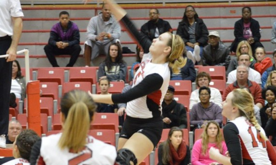 Senior right side Meghan Falsey had a match-leading 14 kills in her final match at SXU